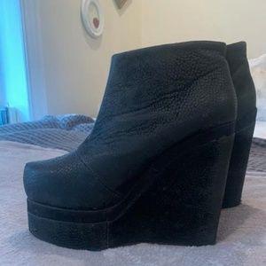 Black Platform heeled boots